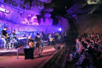 Cumberland Caverns concert