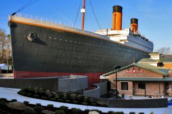 Pigeon Forge Titanic Museum