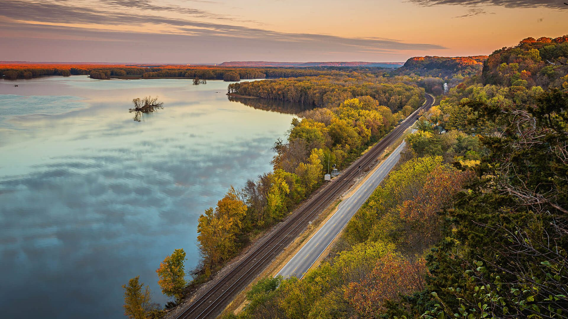 Scenic view on the Great River Road