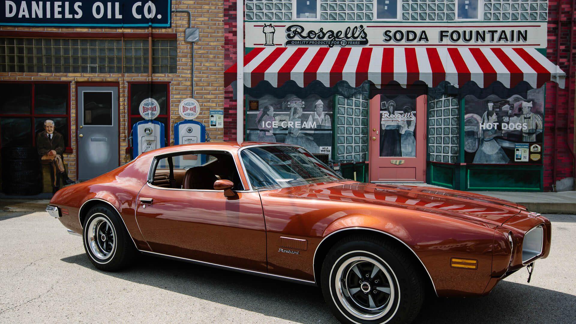 Pontiac on Route 66