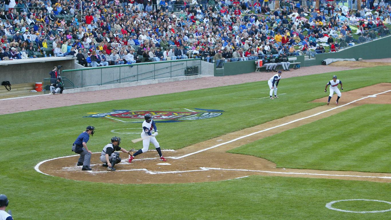 Minor League Peoria Chiefs Baseball Dozer Park