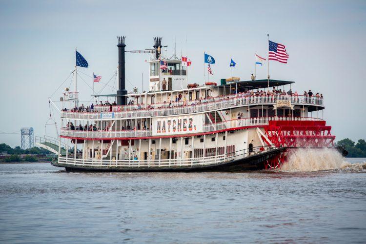 steamboat natchez new orleans louisiana